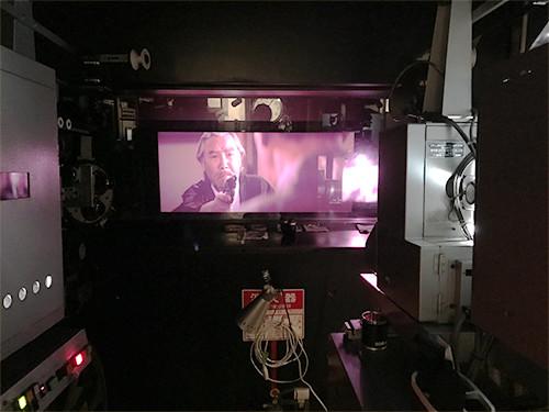特別に映写室にも入れていただき、見学させてもらいました。